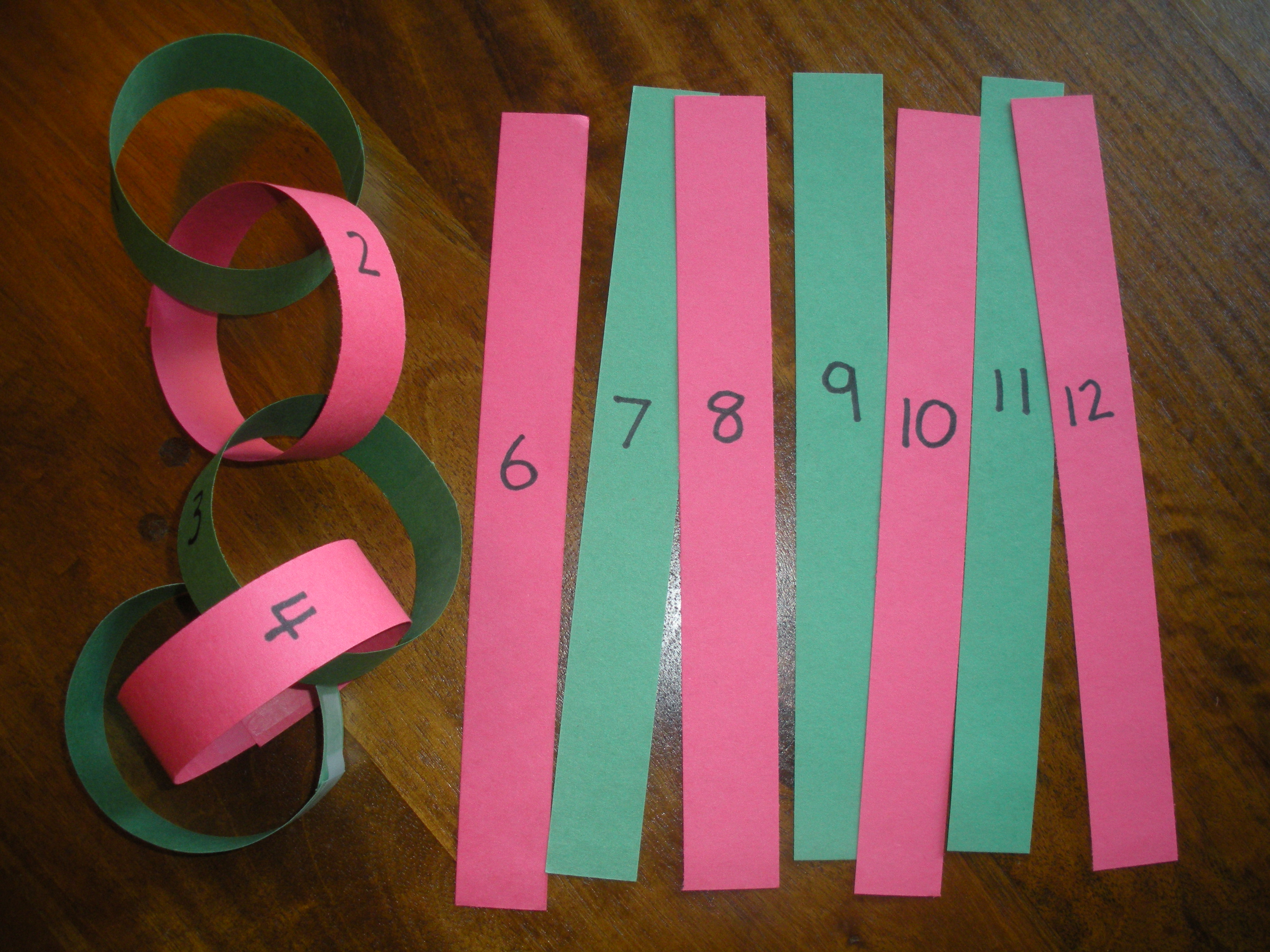 paper chain math karyn 39 s blog. Black Bedroom Furniture Sets. Home Design Ideas